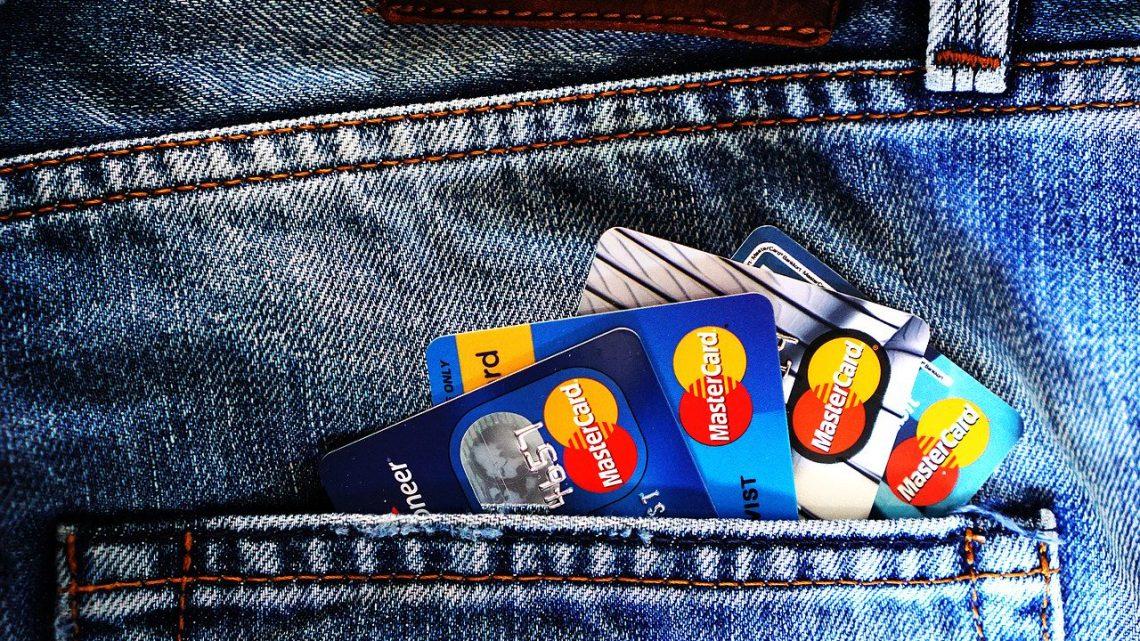 Konto walutowe a zakupy w sieci