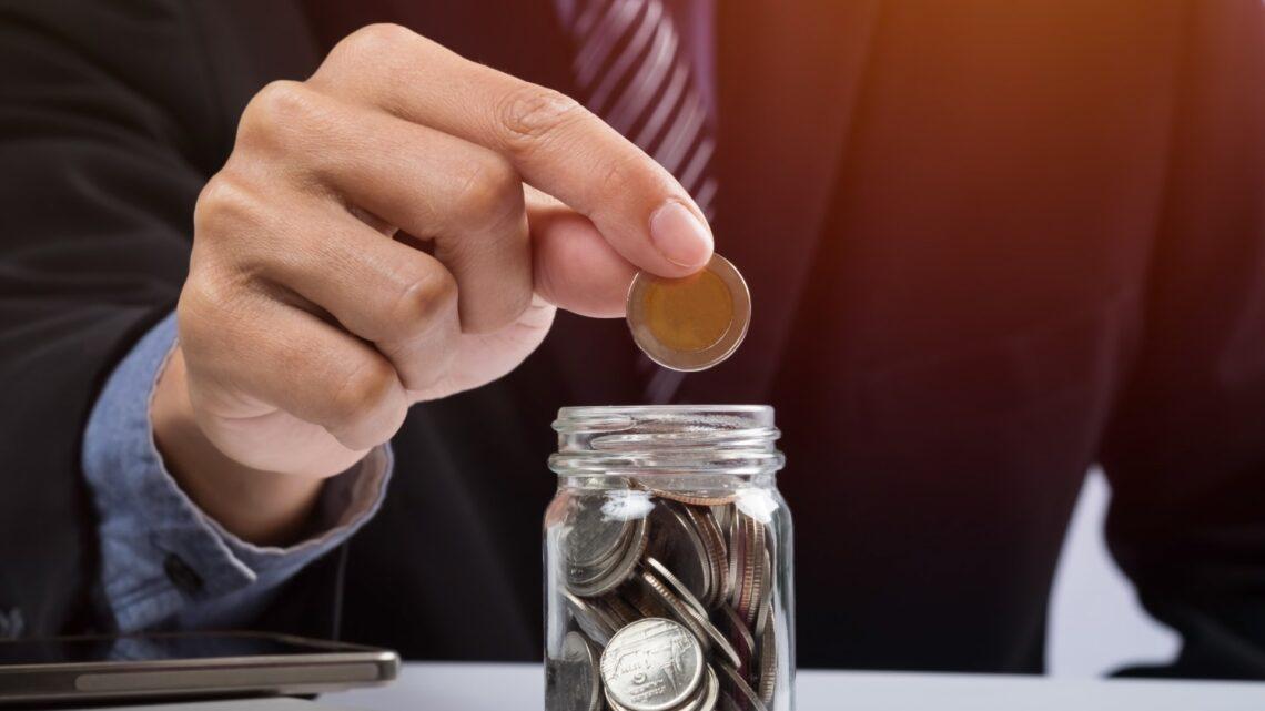 Polacy uczą się oszczędzać